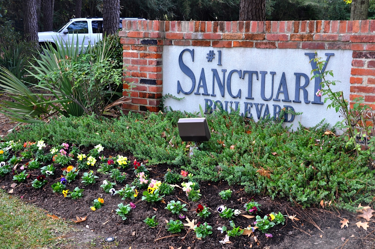 #1 Sanctuary Blvd To Use
